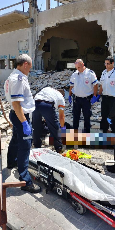 """תאונת נפילה מגובה 5 מטרים בחולון באתר חברת """"מישר ש.ר יזמות בע""""מ"""""""