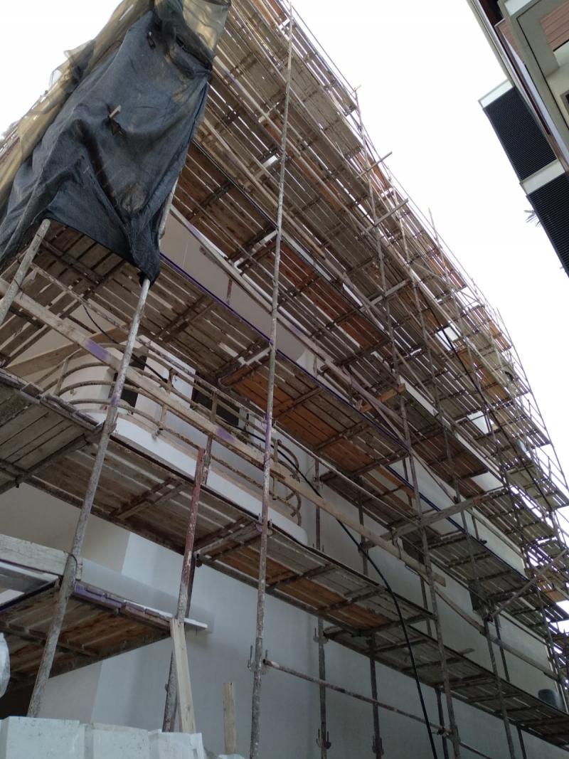 הטלת קנסות על עובדי בניין – למען מי ההסתדרות באמת פועלת?